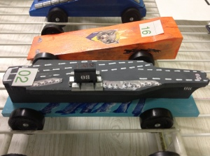 aircraft carrier pinewood derby car