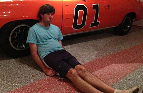 Bubba Watson mocked Jason Dufner with a Dufnering pose in his garage with his beloved Gen. Lee.