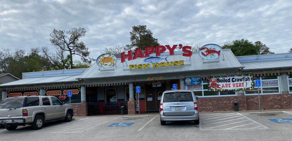 Happy's Fish House restaurant exterior.